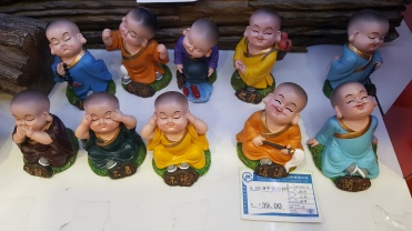 Cute little buddhas for 39 yuan
